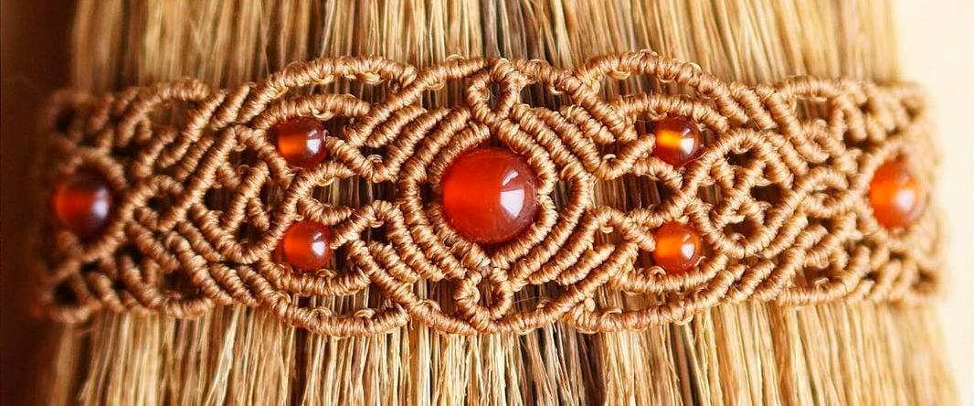 0dcadb1d17bc86067f4bd6e76d735441 Макраме браслеты: схемы плетения и видео, с ниток как сплести своими руками, для начинающих с бусинами стиль