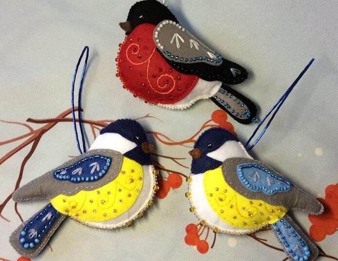елочные игрушки птички из фетра