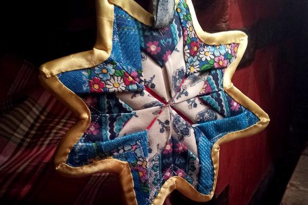 Рождественская звезда в технике пэчворк